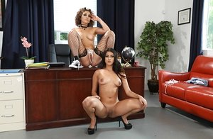 Lusty Latina Sophia Leone makes out with her college buddy Peyton Banks