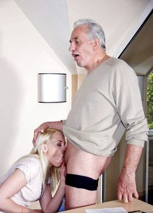 Platinum light-haired secretary deep throats the holder of the company for a promotion