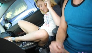 Nice fledgling coed Lucy Tyler jacking clean-shaven cunny in car