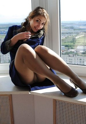 Free Pantyhose Girls Porn Pictures