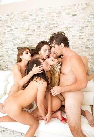 5 smoking steaming ladies get on their shared knees for a group cum shot