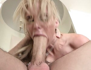 Free Girls Gagging Porn Pictures