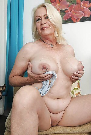 Free Girls Granny Porn Pictures